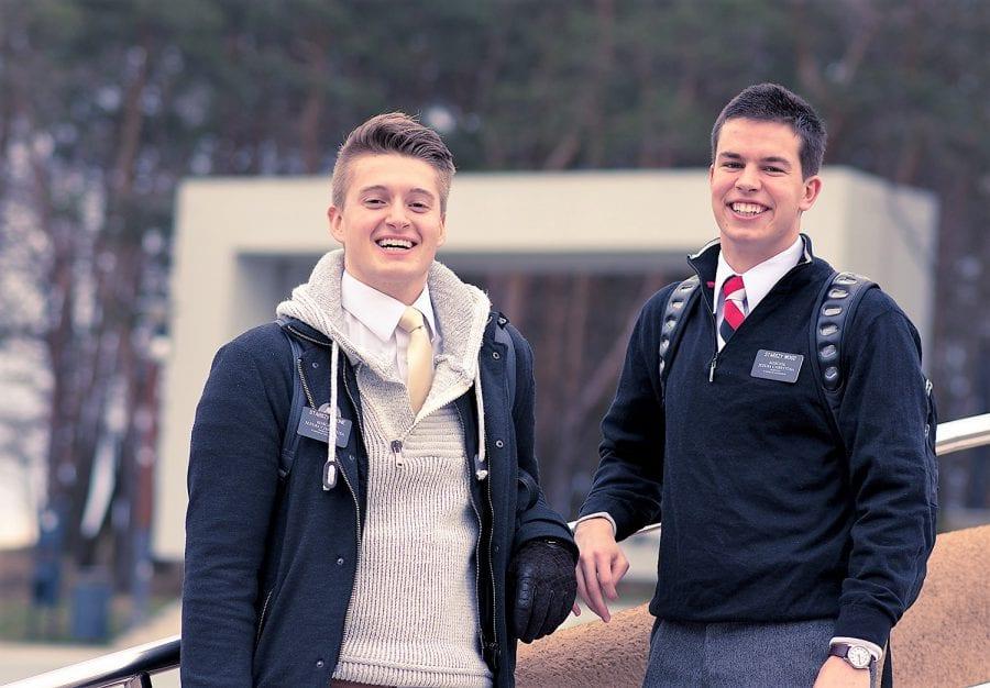 Wood i Toone - Mormońscy misjonarze