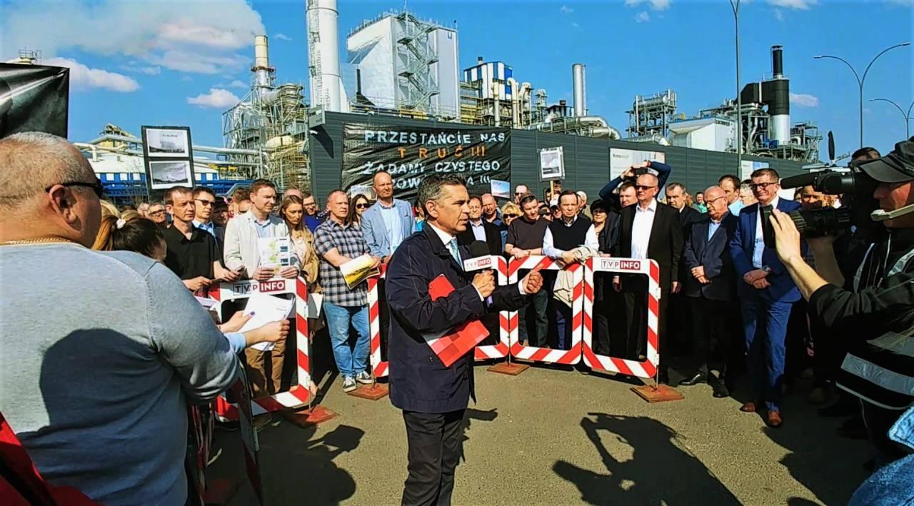 TVP Info odwiedziło mieszkańców Mielca pod Kronospanem [VIDEO]