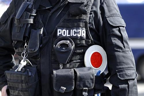 Policjanci zatrzymali 27-letniego mężczyznę, który groził pozbawieniem życia swojej byłej partnerce